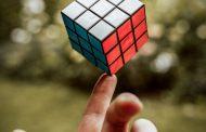 Besök Rubiks kub store